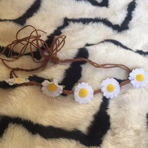 Accessories - Flower tie crown